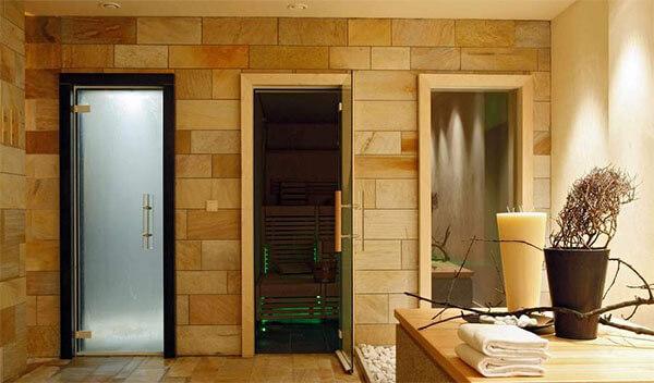 Внутренние двери в бане